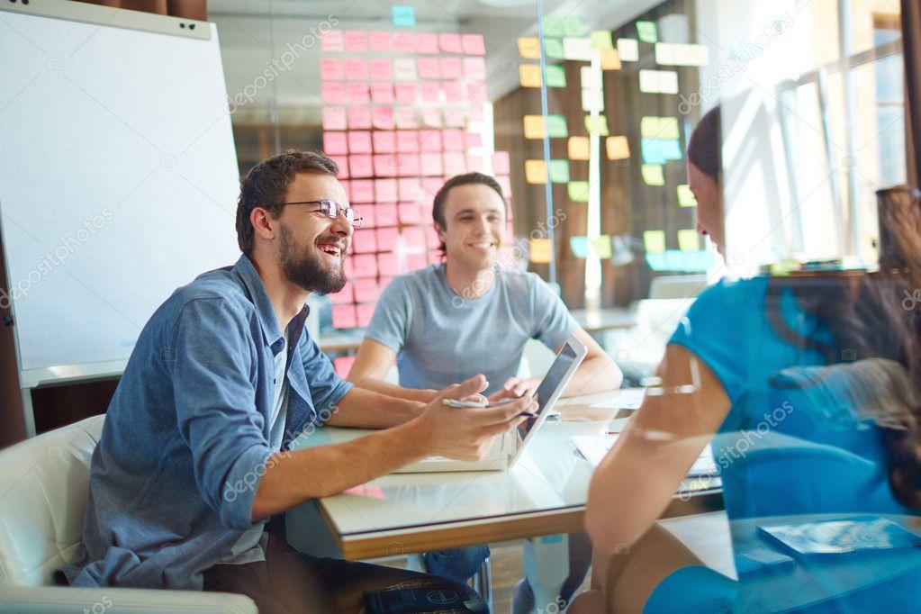 Buitenlandse werknemers in een incompany cursus Nederlands beginners